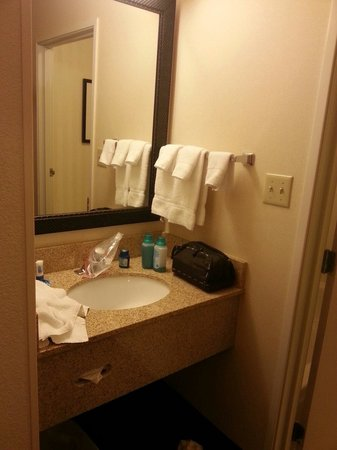 Fairfield Inn & Suites Albuquerque Airport: Bad