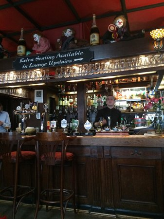 The Queen's Larder: The bar