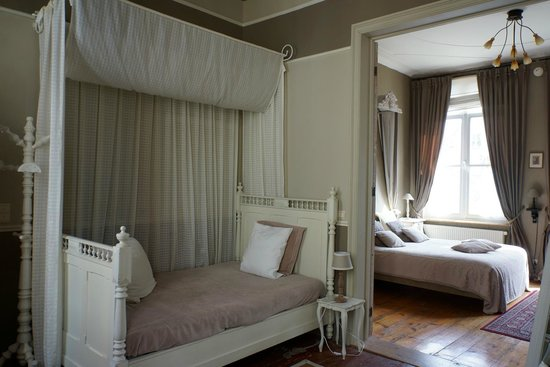 Cote Canal: Extra bed in the huge bedroom