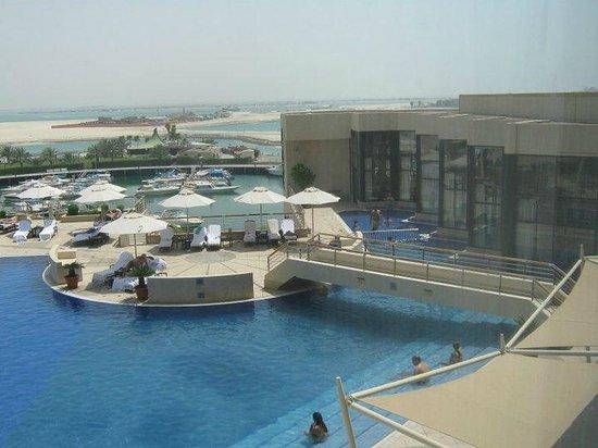 InterContinental Abu Dhabi: 2
