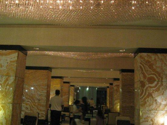 InterContinental Abu Dhabi: 3