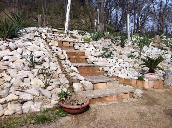Il giardino roccioso foto di i due ruscelli mondaino - Il giardino roccioso ...