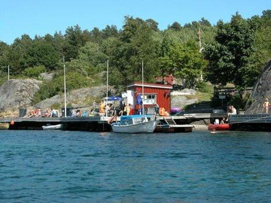 Risor, Norway: Typisk Risør - sommer - sol - båtliv - bading