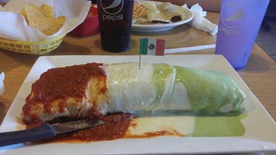 Los Amigos No 2 Mexican Restaurant: Must try the mega burrito