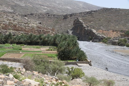 Wadi Ghul - Oman's Grand Canyon: Begin van de wadi Nakl George.