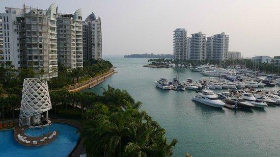 W Singapore Sentosa Cove: Вид на пристань