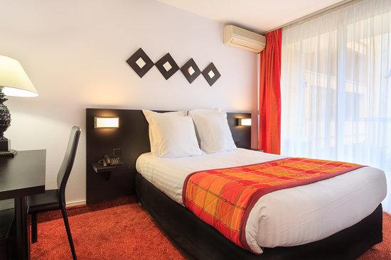 Quality Hotel Mediterranée: Chambre standard