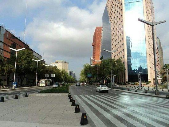 Mexico Caminando - Walking Tours: Reforma