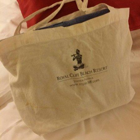 Royal Cliff Grand Hotel : beach towel