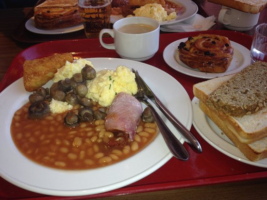 Clayton Hotel Dublin Airport: full irish breakfast