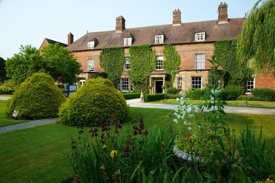 The Spa at Risley Hall Hotel: Hotel Exterior