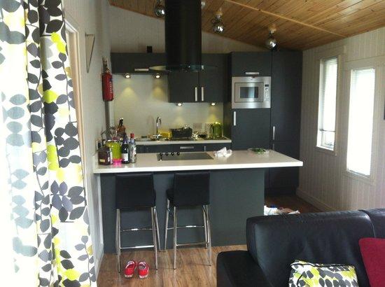 Erigmore : The Kitchen