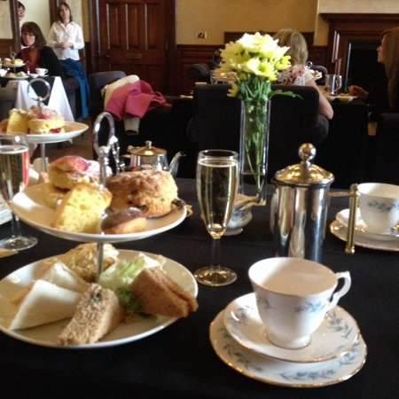 Alfreton, UK: Afternoon Tea