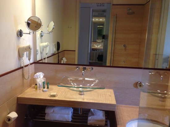 Hilton Florence Metropole: Salle de bain