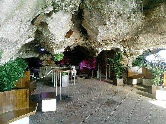 Cova d'en Xoroi : L'interno di una parte del locale