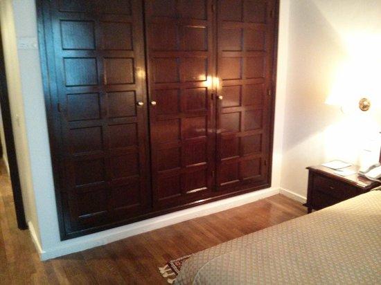 El Minzah Hotel : Room