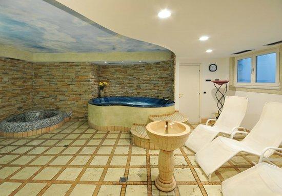 Olimpia Hotel Bormio: Centro benessere