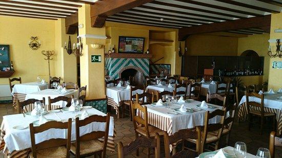 Restaurante Toruno: Comedor