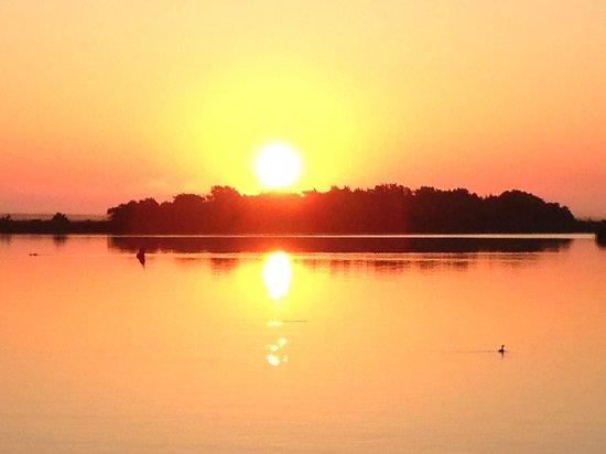 Apalachicola River Inn: Sunrise