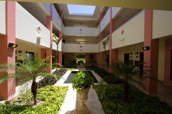 TRS Turquesa Hotel : Building 58 lobby