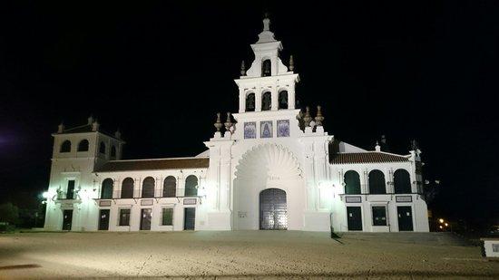La Virgen del Rocío: Ermita del Rocío
