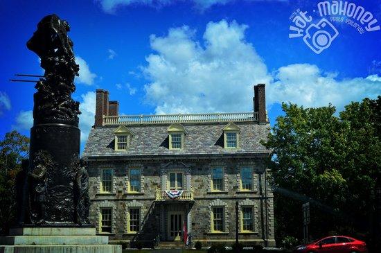 Fort Ticonderoga NY Center Circle (c) Kat Mahoney