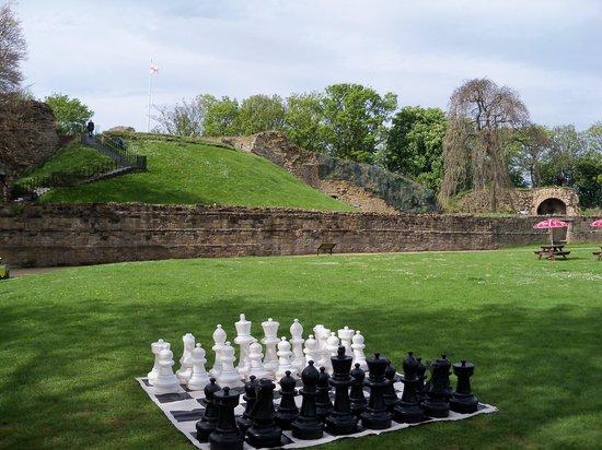 Pontefract Castle: grounds
