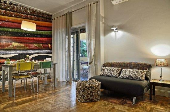 soggiorno appartamento Fabrics - Picture of Residenza Pamphili Roma ...