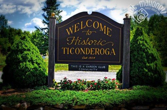 Welcome to Fort Ticonderoga NY (c) Kat Mahoney