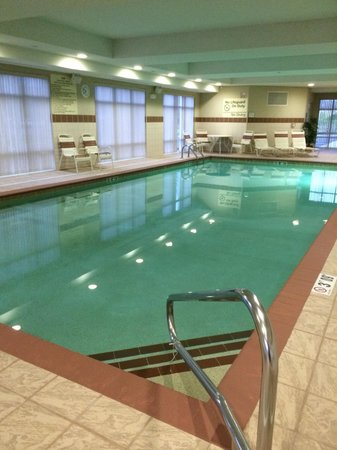 Hampton Inn Matamoras: Very nice saltwater pool