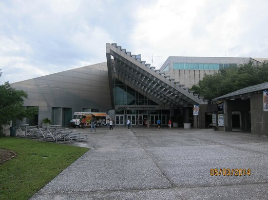 Museum of Science and Industry: main entrance