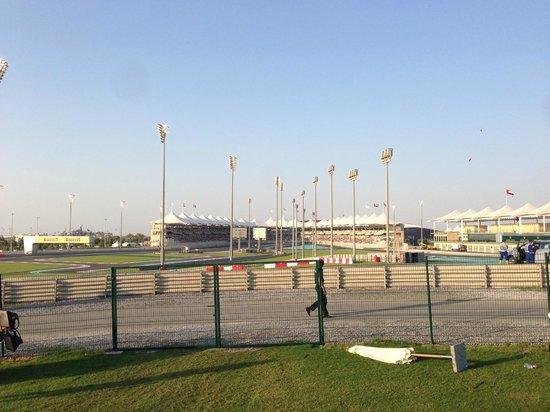 Yas Marina Circuit : Light at start of race