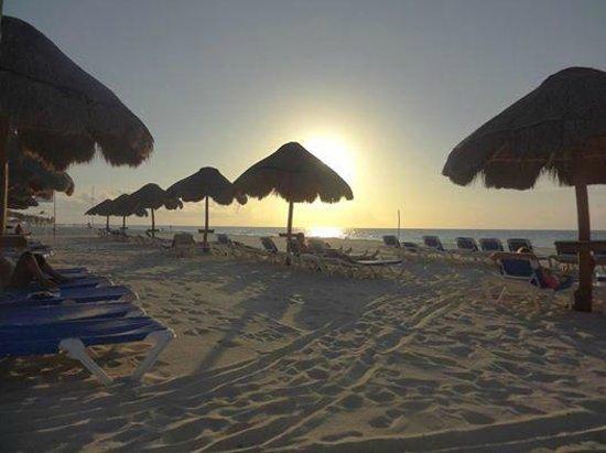 Allegro Playacar : beach was rated 10/10