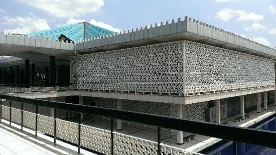 National Mosque (Masjid Negara): 外観