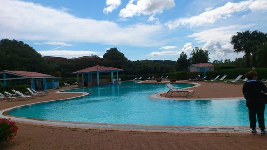 Geovillage Sport Wellness & Convention Resort : piscina esterna