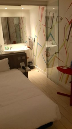 Ibis Styles Madrid Prado: 5F single room