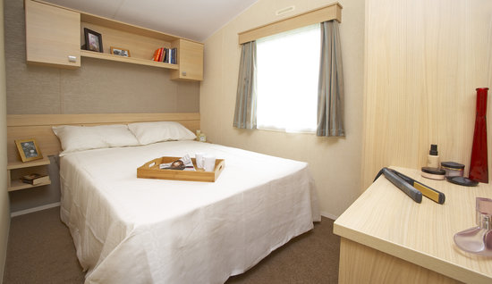 Parkdean Resorts - Holywell Bay Holiday Park: Mylor Caravan, Holywell Bay Holiday Park