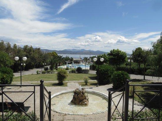 Almira Mare Hotel : garden of the hotel