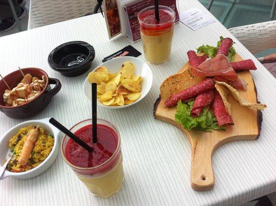 Casalecchio di Reno, Italien: Tapear anche con un drink analcolico..