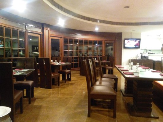 Citrus Sriperumbudur: dining hall at citrus