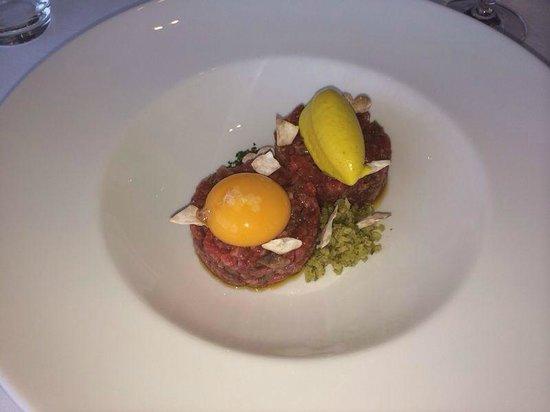 Eurostars Palacio Buenavista: Steak tartar buenísimo!