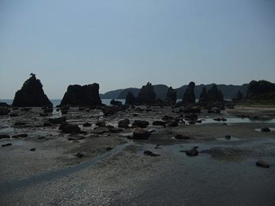 Hashigui Rock: 橋杭岩01