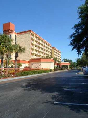 Comfort Inn Orlando/ Lake Buena Vista: view from the parking l