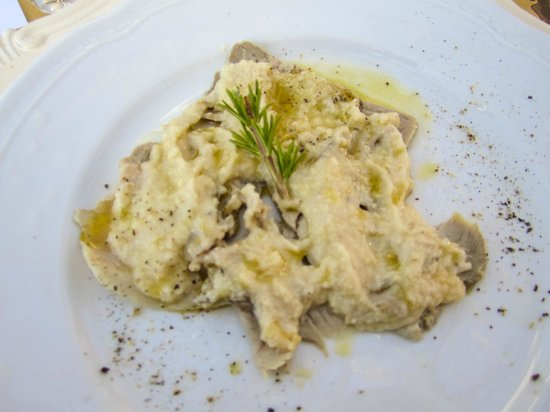 "Gattavecchi: Roast Pork ""alla Poliziana"" with Almond Puree with Roast Potatoes"