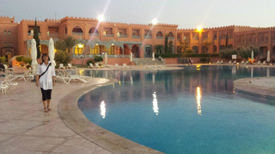 Mogador Palace Agdal: By the pool...