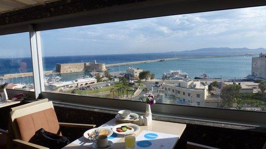 Marin Dream Hotel : breakfast view