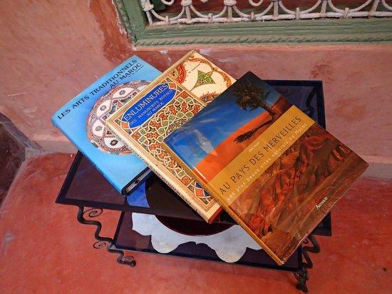 Riad Dar Nael : Livres marocains
