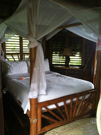Tensing Pen Resort: Middle Pillar bed