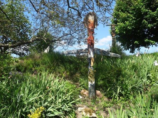 La Barillerie: La forêt des totems