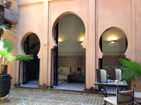 Angsana Riads Collection Morocco: Sitting area in courtyard in front of Room